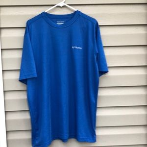 Columbia men's blue short sleeve tee shirt